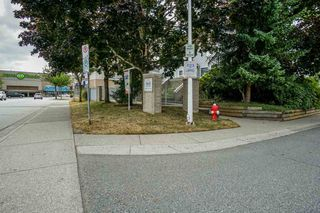 """Photo 2: 11 13713 72A Avenue in Surrey: East Newton Townhouse for sale in """"ASHLEA GATE"""" : MLS®# R2187077"""