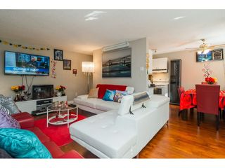 "Photo 3: 205 7426 138 Street in Surrey: East Newton Condo for sale in ""Glencoe Estates"" : MLS®# R2197155"