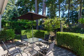 """Photo 18: 15050 SEMIAHMOO Place in Surrey: Sunnyside Park Surrey House for sale in """"Semiahmoo Wynd"""" (South Surrey White Rock)  : MLS®# R2197681"""