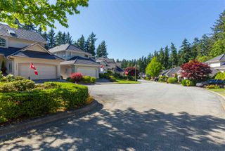 """Photo 2: 15050 SEMIAHMOO Place in Surrey: Sunnyside Park Surrey House for sale in """"Semiahmoo Wynd"""" (South Surrey White Rock)  : MLS®# R2197681"""