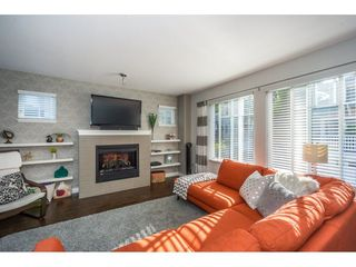 """Photo 5: 8 12711 64TH Avenue in Surrey: West Newton Townhouse for sale in """"Palette on the Park"""" : MLS®# R2200679"""