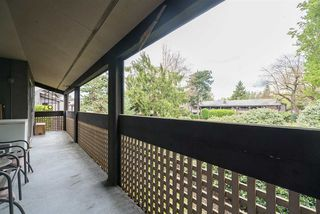 """Photo 11: 224 34909 OLD YALE Road in Abbotsford: Abbotsford East Condo for sale in """"The Gardens"""" : MLS®# R2213957"""