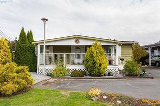 Photo 1: 28 1498 Admirals Rd in VICTORIA: Es Esquimalt Manufactured Home for sale (Esquimalt)  : MLS®# 772790