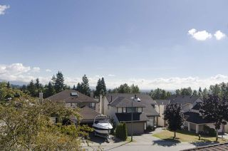Photo 19: 2949 VALLEYVISTA Drive in Coquitlam: Westwood Plateau House for sale : MLS®# R2217204