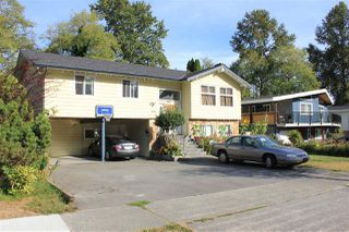 Photo 1: 8886 URSUS Crescent in Surrey: Bear Creek Green Timbers House for sale : MLS®# R2222049