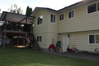 Photo 2: 8886 URSUS Crescent in Surrey: Bear Creek Green Timbers House for sale : MLS®# R2222049