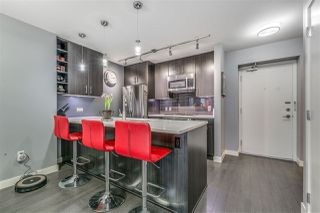 "Photo 7: 2103 608 BELMONT Street in New Westminster: Uptown NW Condo for sale in ""THE VICEROY"" : MLS®# R2246479"