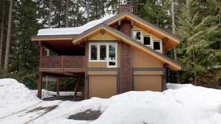 "Photo 1: 8224 ALPINE Way in Whistler: Alpine Meadows House for sale in ""Alpine Meadows"" : MLS®# R2251870"