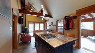"Photo 4: 8224 ALPINE Way in Whistler: Alpine Meadows House for sale in ""Alpine Meadows"" : MLS®# R2251870"
