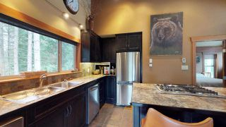 """Photo 3: 8224 ALPINE Way in Whistler: Alpine Meadows House for sale in """"Alpine Meadows"""" : MLS®# R2251870"""
