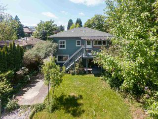 Photo 20: 404 GARRETT Street in New Westminster: Sapperton House for sale : MLS®# R2268356