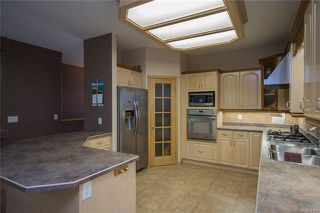 Photo 3: 752 Charleswood Road in Winnipeg: Residential for sale (1G)  : MLS®# 1817493