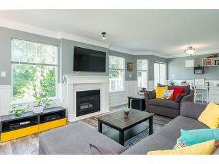 "Photo 5: 2 9036 208 Street in Langley: Walnut Grove Townhouse for sale in ""Hunter's Glen"" : MLS®# R2289925"