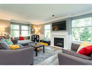 "Photo 3: 2 9036 208 Street in Langley: Walnut Grove Townhouse for sale in ""Hunter's Glen"" : MLS®# R2289925"