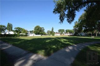Photo 16: 1 Richardson Avenue in Winnipeg: Garden City Residential for sale (4G)  : MLS®# 1820664