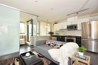 "Photo 5: 308 2689 KINGSWAY in Vancouver: Collingwood VE Condo for sale in ""Skyway Towers"" (Vancouver East)  : MLS®# R2298880"
