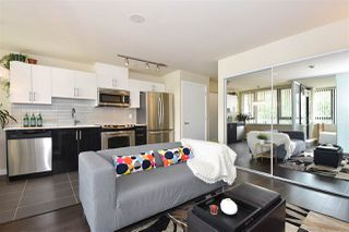 "Photo 1: 308 2689 KINGSWAY in Vancouver: Collingwood VE Condo for sale in ""Skyway Towers"" (Vancouver East)  : MLS®# R2298880"