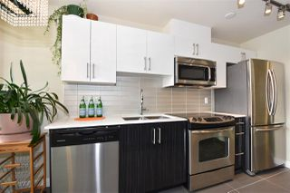 "Photo 7: 308 2689 KINGSWAY in Vancouver: Collingwood VE Condo for sale in ""Skyway Towers"" (Vancouver East)  : MLS®# R2298880"
