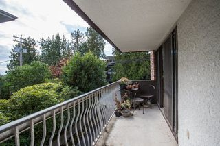 """Photo 20: 101 1330 MARTIN Street: White Rock Condo for sale in """"Coach House"""" (South Surrey White Rock)  : MLS®# R2307057"""