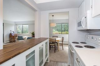 """Photo 14: 101 1330 MARTIN Street: White Rock Condo for sale in """"Coach House"""" (South Surrey White Rock)  : MLS®# R2307057"""