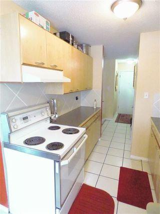 Photo 9: 110 11429 124 Street in Edmonton: Zone 07 Condo for sale : MLS®# E4131076