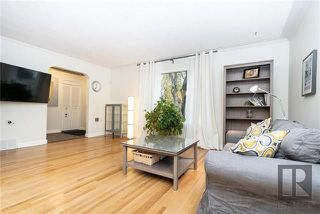 Photo 3: 71 Inman Avenue in Winnipeg: St Vital Residential for sale (2D)  : MLS®# 1827153
