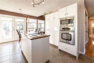 Photo 12: 248 WOOD VALLEY Bay SW in Calgary: Woodbine Detached for sale : MLS®# C4211183