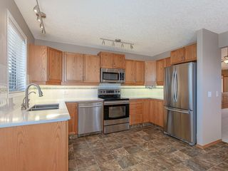 Photo 5: 680 SHEEP RIVER Mews: Okotoks Semi Detached for sale : MLS®# C4222946