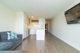 Photo 9: 1507 668 COLUMBIA Street in New Westminster: Quay Condo for sale : MLS®# R2340823