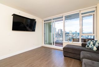 Photo 10: 1507 668 COLUMBIA Street in New Westminster: Quay Condo for sale : MLS®# R2340823