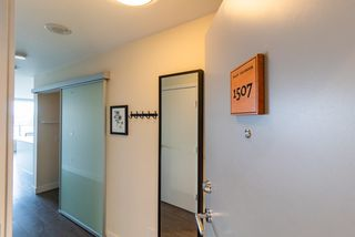 Photo 4: 1507 668 COLUMBIA Street in New Westminster: Quay Condo for sale : MLS®# R2340823
