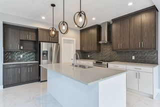 Photo 8: 3697 HUMMINGBIRD Way in Edmonton: Zone 59 House for sale : MLS®# E4144601