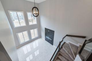 Photo 1: 3697 HUMMINGBIRD Way in Edmonton: Zone 59 House for sale : MLS®# E4144601