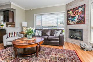 "Photo 3: B101 33755 7TH Avenue in Mission: Mission BC Condo for sale in ""THE MEWS"" : MLS®# R2345242"