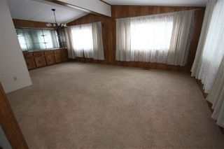 "Photo 4: 4 27111 0 Avenue in Langley: Aldergrove Langley Manufactured Home for sale in ""Pioneer Park"" : MLS®# R2345166"