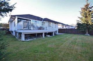 Photo 17: 6958 ST ANTHONY Crescent in Prince George: St. Lawrence Heights House for sale (PG City South (Zone 74))  : MLS®# R2350475