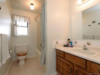 Photo 13: 314 Jalan Pl in VICTORIA: VR Six Mile House for sale (View Royal)  : MLS®# 809594