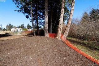 Photo 9: 999 Springhill Road in VICTORIA: La Glen Lake Land for sale (Langford)  : MLS®# 407423