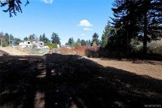 Photo 4: 999 Springhill Road in VICTORIA: La Glen Lake Land for sale (Langford)  : MLS®# 407423