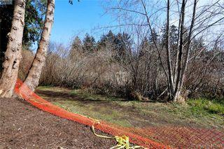 Photo 8: 999 Springhill Road in VICTORIA: La Glen Lake Land for sale (Langford)  : MLS®# 407423