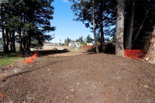 Photo 11: 999 Springhill Road in VICTORIA: La Glen Lake Land for sale (Langford)  : MLS®# 407423