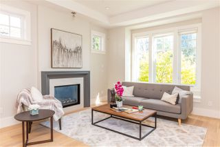 Photo 2: 3583 W 39TH Avenue in Vancouver: Dunbar House for sale (Vancouver West)  : MLS®# R2367159