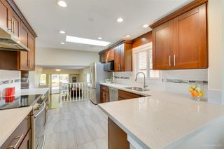 Photo 5: 2295 KING ALBERT Avenue in Coquitlam: Central Coquitlam House for sale : MLS®# R2367417