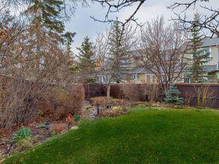 Photo 4: 216 CEDARGROVE Court SW in Calgary: Cedarbrae Detached for sale : MLS®# C4243649