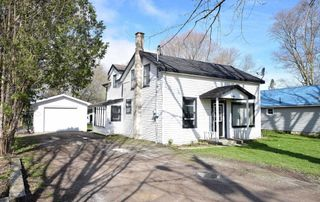 Main Photo: 49 Queen Street in Brock: Cannington House (1 1/2 Storey) for sale : MLS®# N4446237
