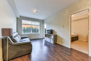 "Photo 2: 111 6480 194 Street in Surrey: Clayton Condo for sale in ""Waterstone"" (Cloverdale)  : MLS®# R2369841"
