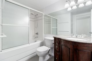 """Photo 16: 302 2405 KAMLOOPS Street in Vancouver: Renfrew VE Condo for sale in """"8th Ave Garden Apartments"""" (Vancouver East)  : MLS®# R2371922"""