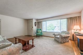 Photo 2: 361 W 19TH Street in North Vancouver: Central Lonsdale House for sale : MLS®# R2375584