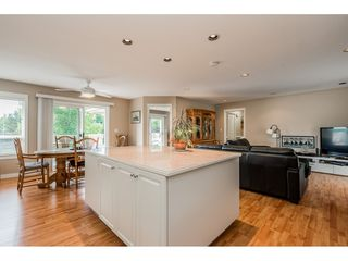 """Photo 8: 35891 MARSHALL Road in Abbotsford: Abbotsford East House for sale in """"Mountain Village"""" : MLS®# R2375690"""