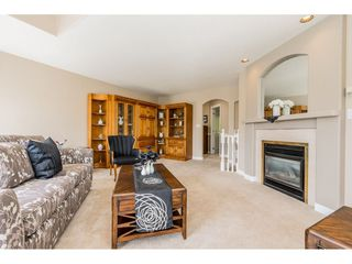 """Photo 5: 35891 MARSHALL Road in Abbotsford: Abbotsford East House for sale in """"Mountain Village"""" : MLS®# R2375690"""